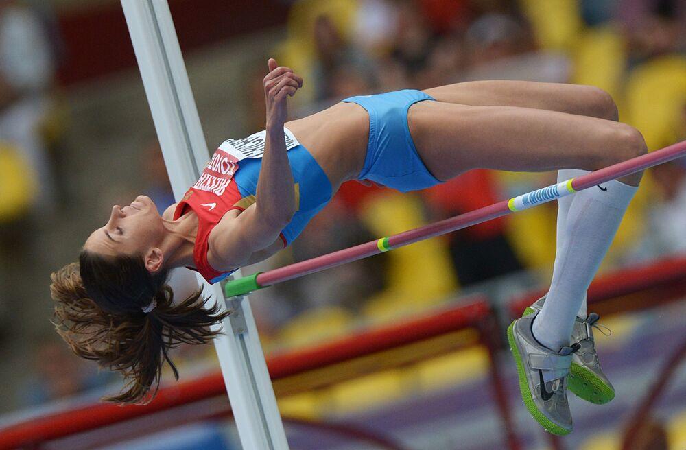 14 rosyjskich sportowców, w tym 11 lekkoatletów,  nie przeszło ponownych testów antydopingowych z Olimpiady w 2008 roku. Wśród nich znalazła się mistrzyni olimpijska z Londynu-2012 w soku wzwyż  Anna Cziczerowa.