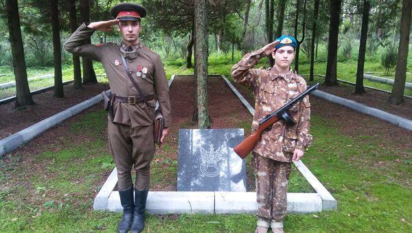 W dniach 5,6,7 sierpnia 2016 r. w Bornem Sulinowie odbył się zlot Braterstwa Polsko–Rosyjskiego w byłej bazie wojsk radzieckich, które stacjonowały tam od 1945 do 1992 r. - Sputnik Polska