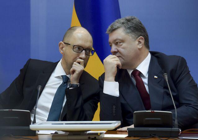 Były premier Arsenij Jaceniuk i obecny prezydent Petro Poroszenko