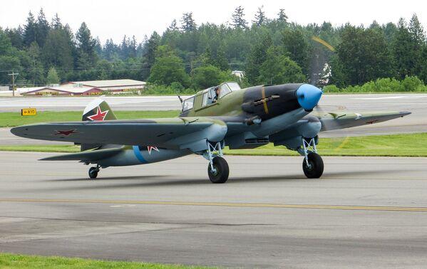 Ił-2 – radziecki samolot szturmowy, który brał udział we wszystkich kampaniach II wojny światowej. Jest najliczniej produkowanym samolotem wojskowym. - Sputnik Polska