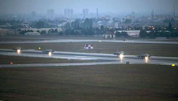 Amerykańska baza lotnicza Incirlik w Turcji - Sputnik Polska