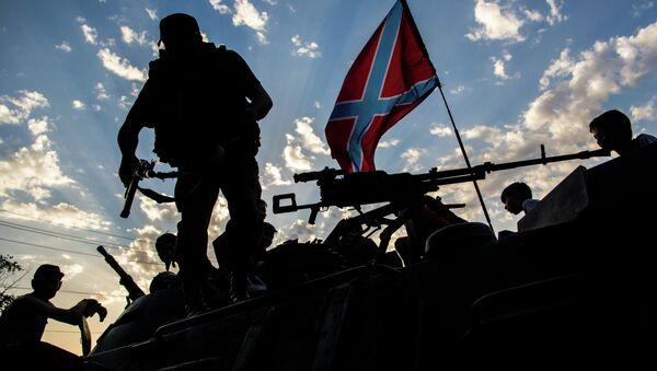 Żołnierze Donbasu we wschodniej Ukrainie - Sputnik Polska