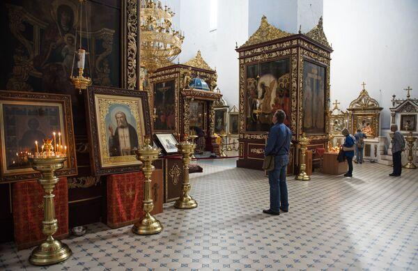 Według podania miejsce pod budowę soboru Trójcy Świętej zostało wskazane osobiście przez księżnę kijowską Olgę. - Sputnik Polska
