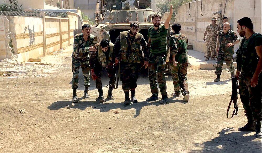 Wśród żołnierzy syryjskiej armii są ranni.