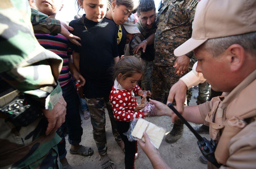 W maju rosyjskie Centrum ds. Pojednania w Syrii przekazało ponad 8 ton pomocy humanitarnej miejscowości Kaukab w prowincji Hama.