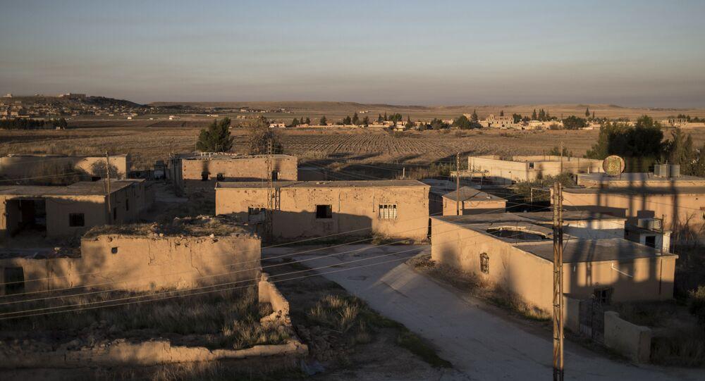Jedna z wiosek w prowincji Al-Hasaka, z której wyparto dżihadystów z Państwa Islamskiego