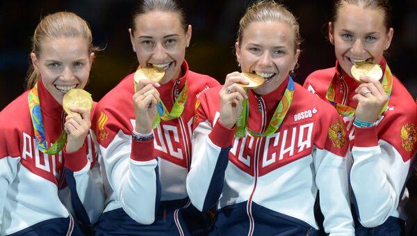 Rosyjskie szablistki, mistrzynie olimpijskie w turnieju drużynowym - Sputnik Polska