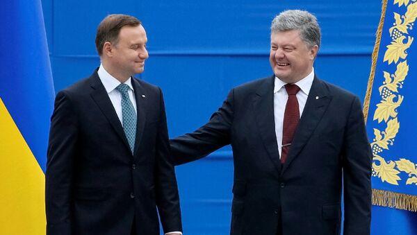 Prezydent Ukrainy Petro Poroszenko i prezydent Polski Andrzej Duda podczas obchodów Dnia Niepodległości Ukrainy, Kijów, 24 sierpnia 2016 - Sputnik Polska