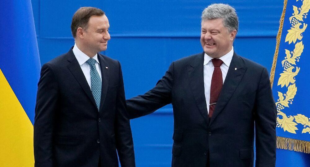Prezydent Ukrainy Petro Poroszenko i prezydent Polski Andrzej Duda podczas obchodów Dnia Niepodległości Ukrainy, Kijów, 24 sierpnia 2016