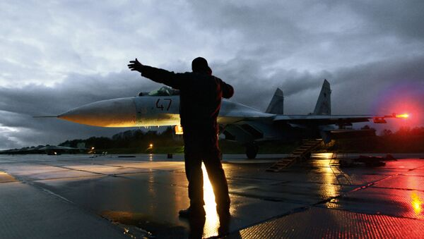 Myśliwiec Su-27 - Sputnik Polska