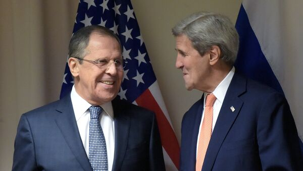 Sekretarz stanu USA John Kerry i szef rosyjskiej dyplomacji Siergiej Ławrow - Sputnik Polska