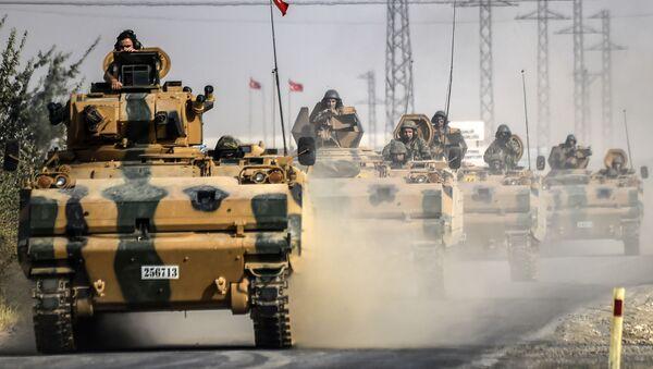 Tureckie czołgi przy granicy z Syrią - Sputnik Polska