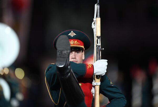 Ceremonia otwarcia 9. edycji Międzynarodowego Festiwalu Orkiestr Wojskowych Spasskaja Basznia - Sputnik Polska