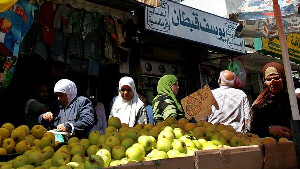 Rynek z owocami w Bejrucie, Liban - Sputnik Polska