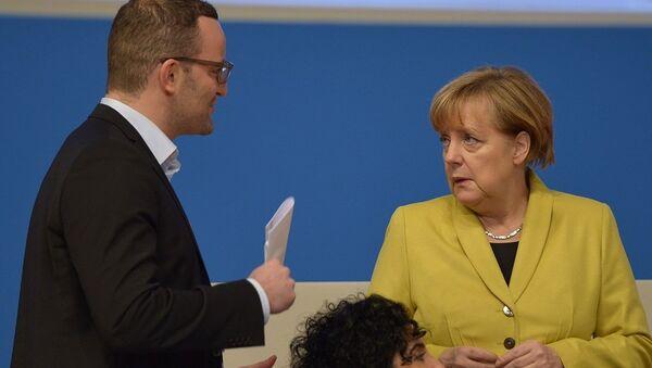 Angela Merkel i Jens Spahn - Sputnik Polska