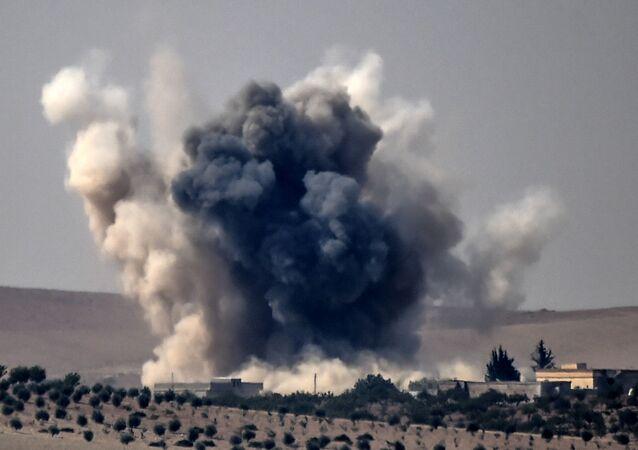 Atak armii tureckiej na syryjskie miasto Jarabulus