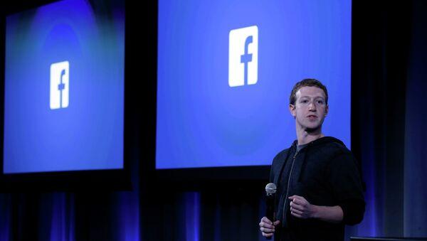 Założyciel i dyrektor generalny Facebooka Mark Zuckerberg - Sputnik Polska