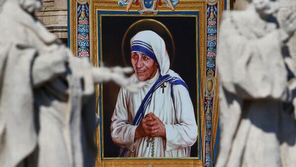 Matka Teresa z Kalkuty została świętą Kościoła katolickiego - Sputnik Polska