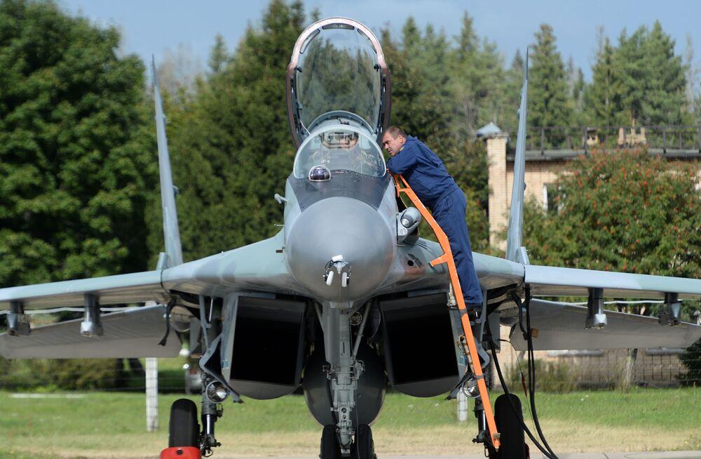 """Podczas forum """"Armia"""" okazało się, że rosyjskie myśliwce Su-35 zainteresowały Pakistan."""