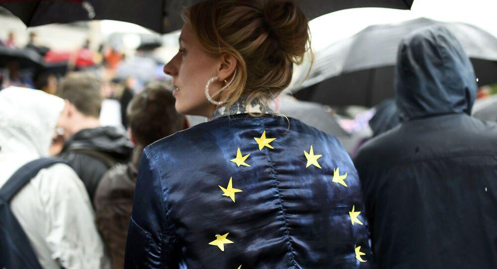 Członkostwo w UE popiera 32% Czechów