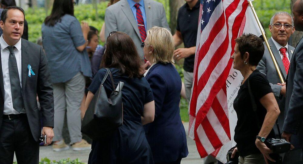 Problemy zdrowotne zmusiły Clinton do opuszczenia uroczystości w Nowym Jorku