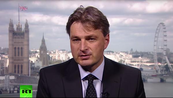 Członek komitetu ds. międzynarodowych brytyjskiej Izby Gmin Daniel Kavchinski - Sputnik Polska