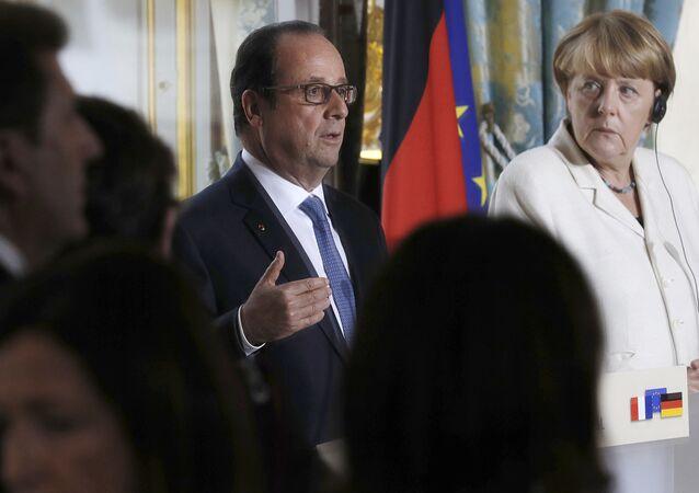 Prezydent Francji Francois Hollande i kanclerz Niemiec Angela Merkel