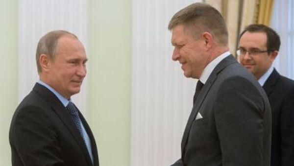 Premier Słowacji Robert Fico i prezydent Rosji Władimir Putin - Sputnik Polska