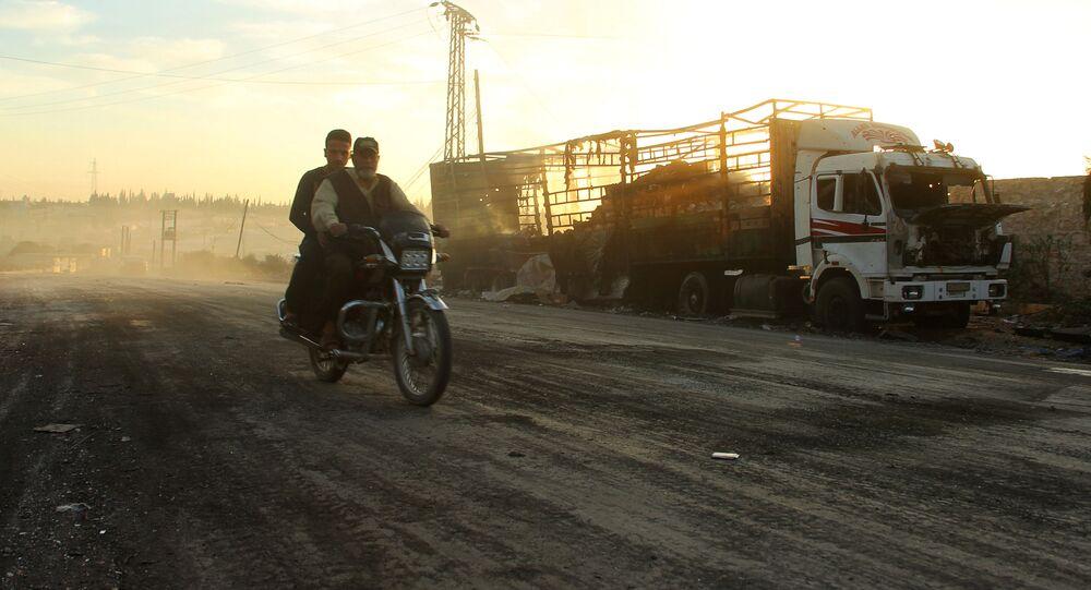 Zniszczona ciężarówka z pomocą humanitarną w Syrii