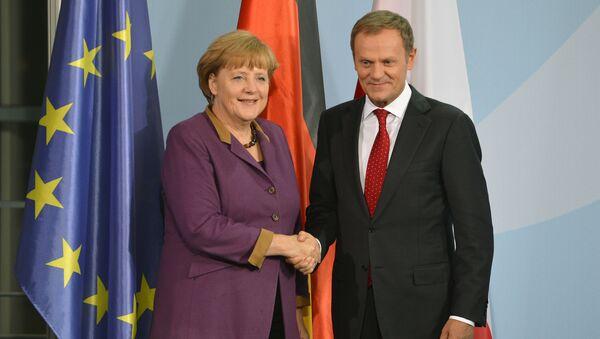 Kanclerz Niemiec Angela Merkel i były premier Polski Donald Tusk - Sputnik Polska