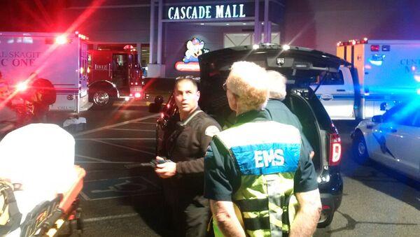 Strzelanina w centrum handlowym Cascade Mall w mieście Burlington w stanie Waszyngton w USA - Sputnik Polska