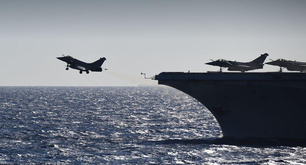 Francja zaczęła bombardować cele islamistów