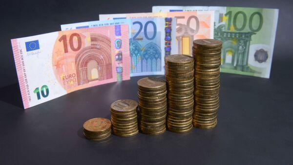 Ruble i euro - Sputnik Polska