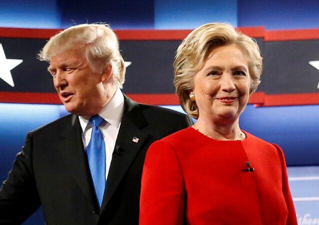 """""""Mierny biznesmen"""". Sztab Clinton komentuje niepłacenie podatków przez Trumpa"""