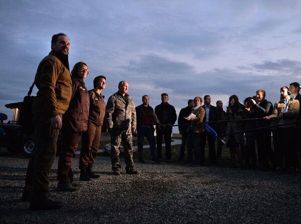 Rosyjski prezydent w Centrum Reintrodukcji Koni Przewalskiego - Sputnik Polska