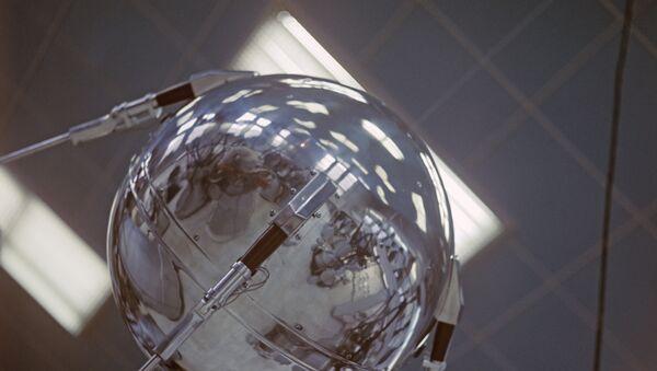 Sputnik 1 - Sputnik Polska