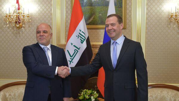 Spotkanie premiera FR Dmitrija Miedwiediewa z premierem Iraku Haiderem al-Abadi - Sputnik Polska