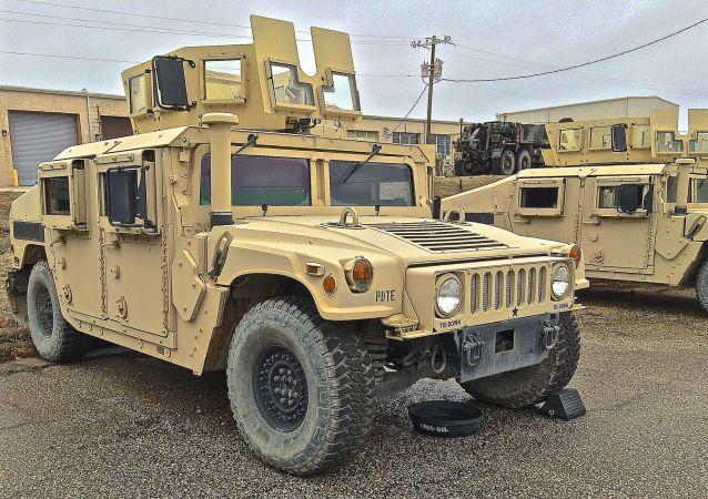 Amerykański samochód terenowy Humvee