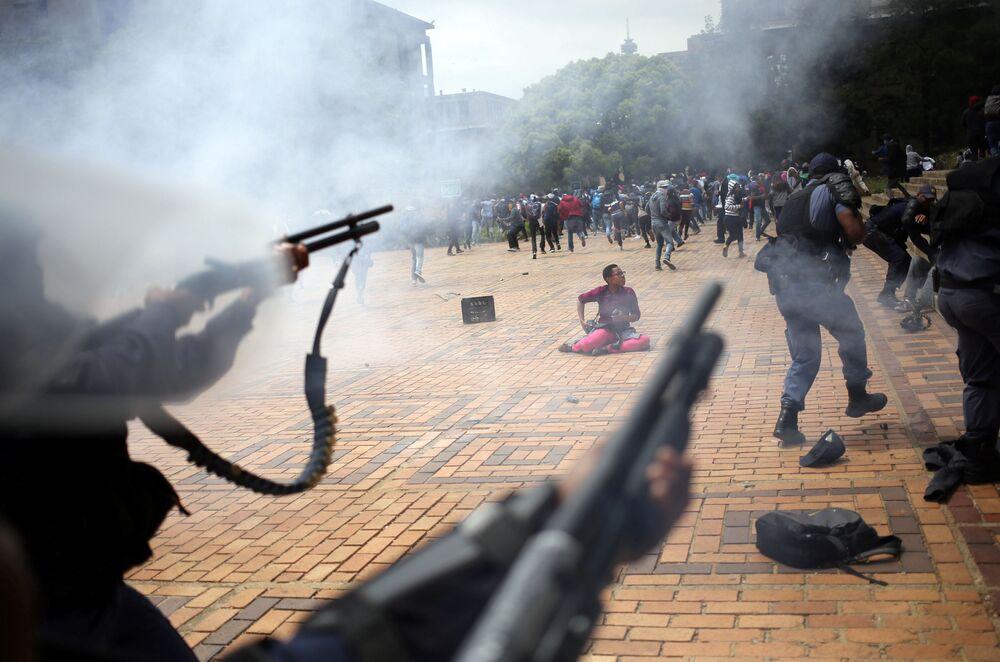 Starcia studentów z policją w Afryce Południowej