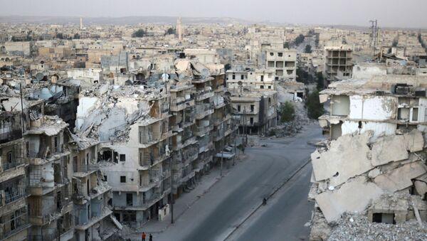 Zniszczone budynki w Aleppo - Sputnik Polska