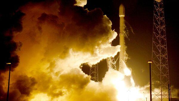 Start rakiety Falcon na Florydzie - Sputnik Polska