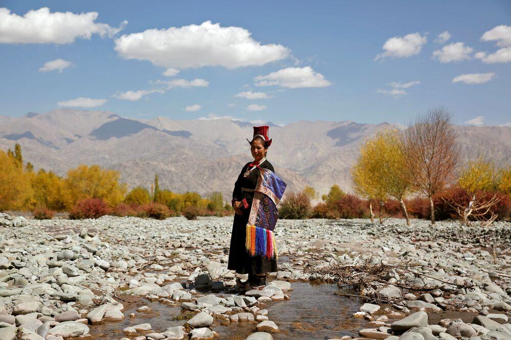 Mieszkanka wsi  Matho, Himalaje