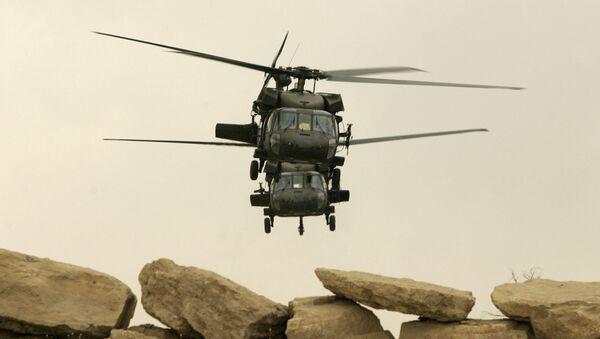 Amerykańskie śmigłowce Black Hawk w Mosulu, Irak - Sputnik Polska