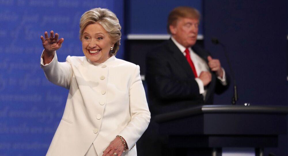 Kandydaci na prezydenta USA Hillary Clinton i Donald Trump po trzeciej debacie