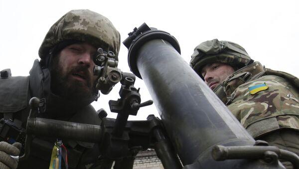 Żołnierze ukraińscy pod Donieckiem, 8 grudnia 2014 - Sputnik Polska