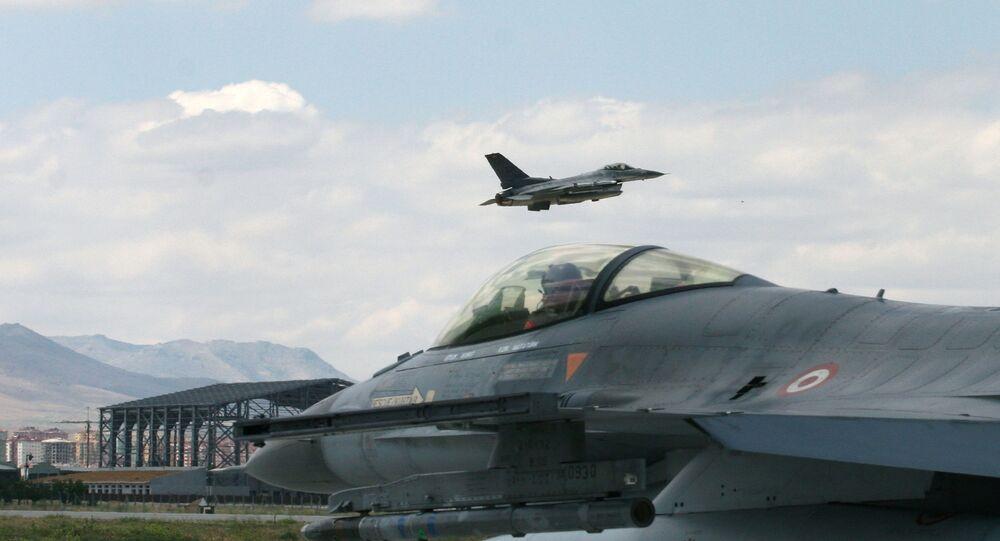 Myśliwce F-16 tureckich sił powietrznych