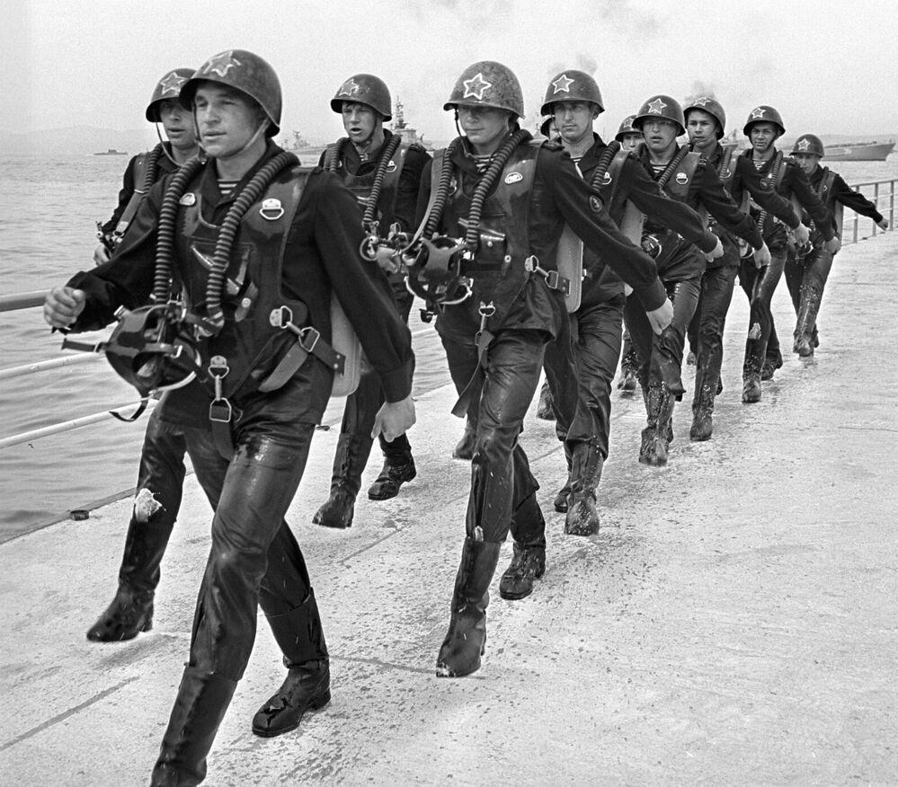 Z biegiem czasu struktura i liczba członków sił specjalnych wielokrotnie się zmieniały, ale istota ich misji zawsze pozostała ta sama.