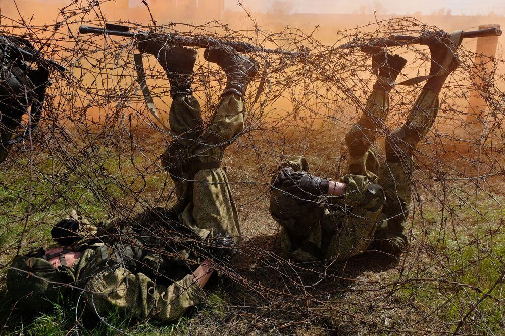 W sumie wojskowe siły specjalne wysłały swoje armie do dwudziestu krajów w Azji, Ameryce Łacińskiej i Afryce.