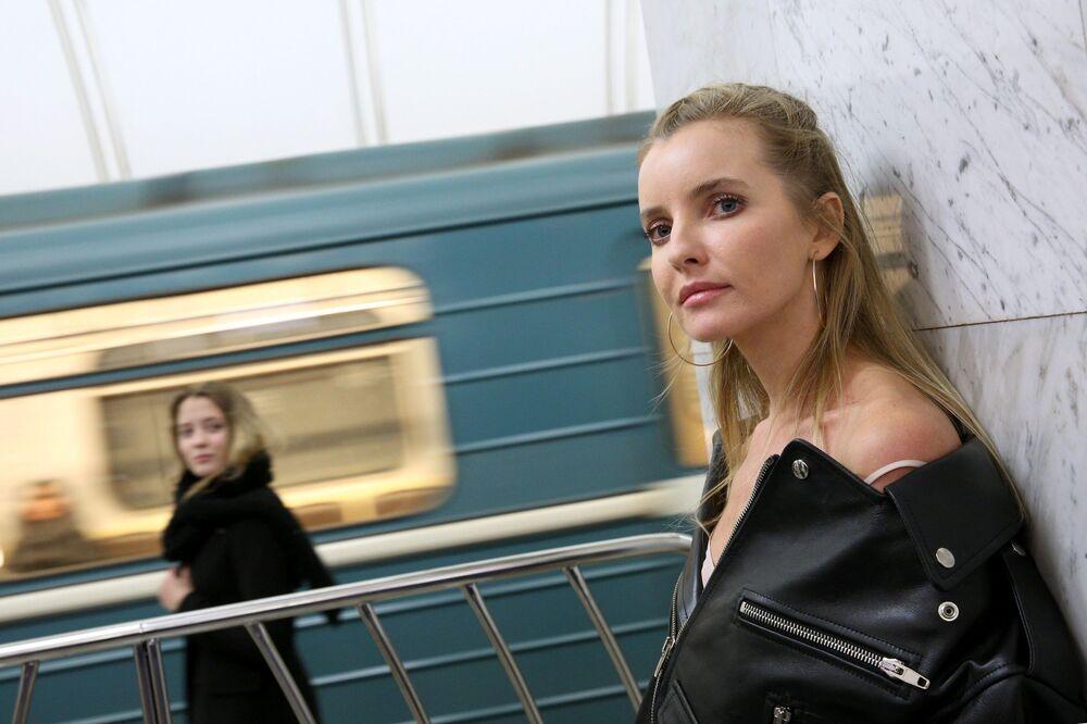 Wielu damom imię Aleksandra Tieriechowa często kojarzy się z sukienkami.