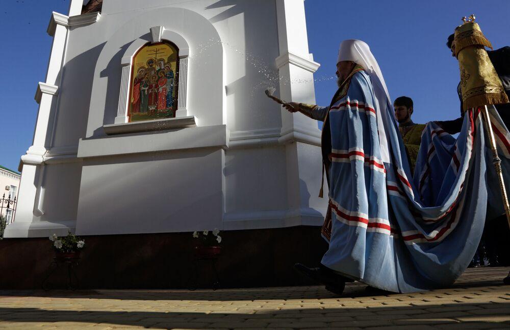 """""""Dana kaplica będzie bez wątpienia dochowym sercem prokuratury republiki Krym"""" – powiedział władyka Łazarz."""